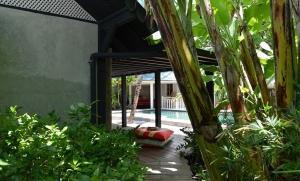 location villa bali garden house 8