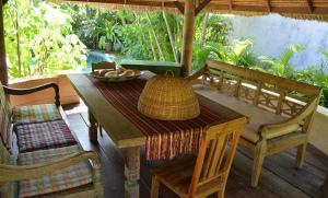 location villa bali round house 10