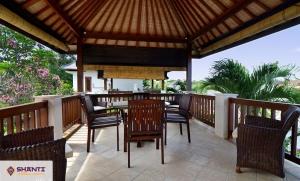 location villa hardevi bukit 10