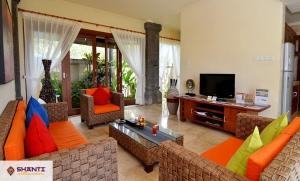 location villa lidwina bukit 10