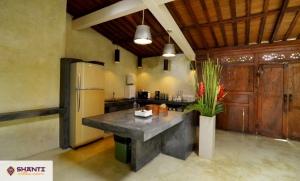 louer villa cantik tanah lot seseh 15