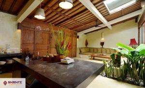 louer villa cantik tanah lot seseh 16
