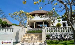 louer villa karang nusa bukit 12