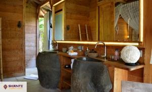 villa kayu bali 25