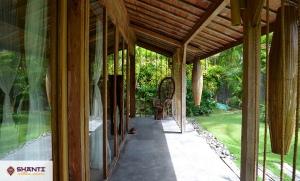 villa kayu bali 26