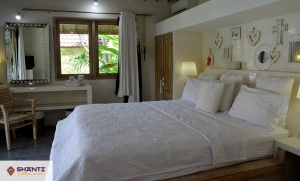 villa putih bali 30