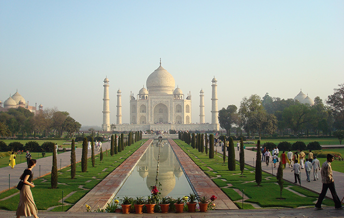Agra - Delhi - Internationaler Flughafen