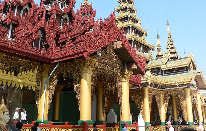 Bagan - Yangon via aéroports, visite de la ville