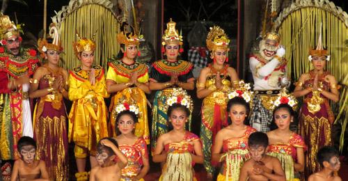 danse ubud palace