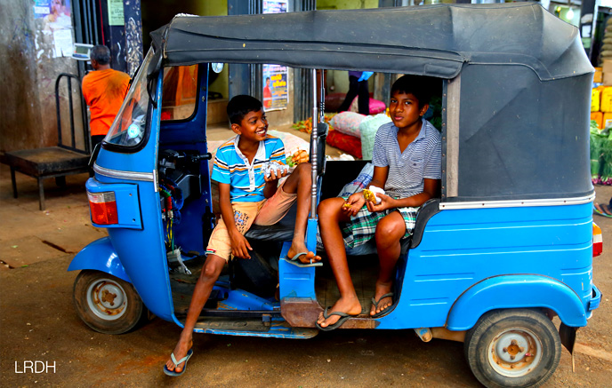 Trincomalee – Kandy