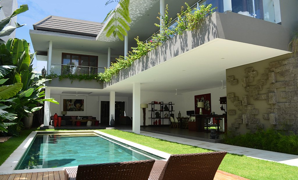 villa alopa seminyak location villa seminyak bali. Black Bedroom Furniture Sets. Home Design Ideas