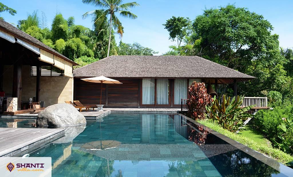 villa kamaniiya ubud location villa ubud bali. Black Bedroom Furniture Sets. Home Design Ideas