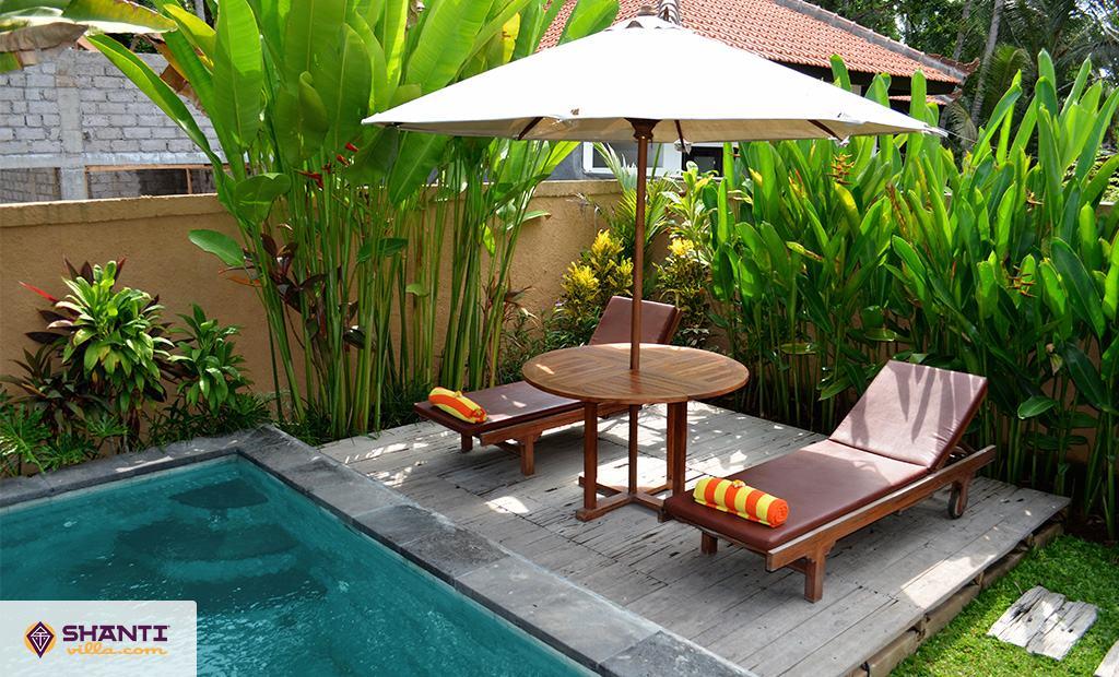 villa lestaru ubud location villa ubud bali. Black Bedroom Furniture Sets. Home Design Ideas