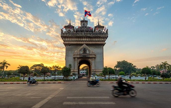 Vientiane – Siem Reap