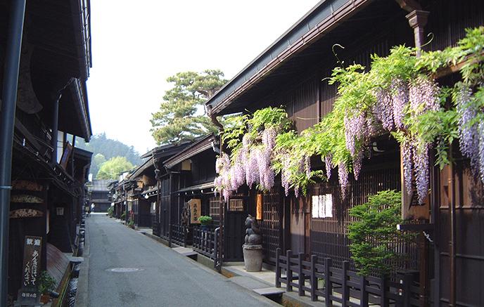 Shirakawa-Go - Takayama