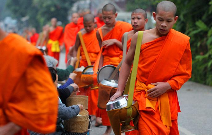 Muang La – Luang Prabang via Nong Khiau