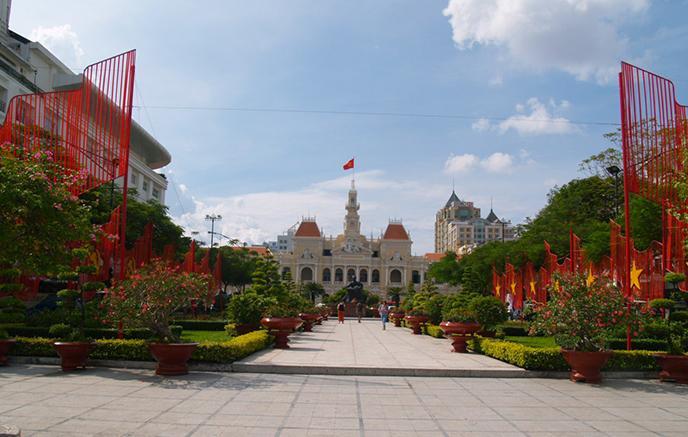 Hoi An - Hô Chi Minh Ville via Danang