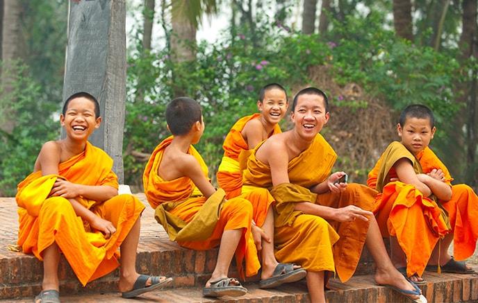 Halong – Hanoi – Luang Prabang