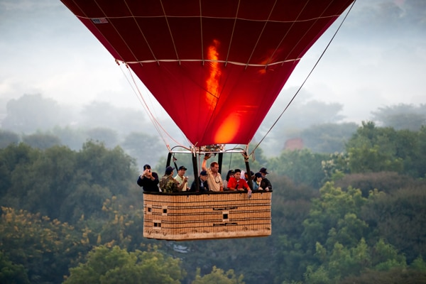 Birmanie Bagan mongolfiere