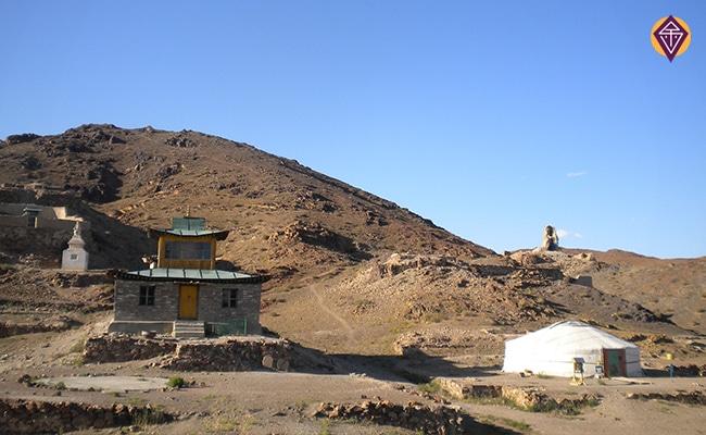 monasteres ongiin