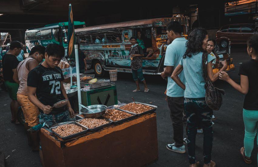 Manger aux Philippines