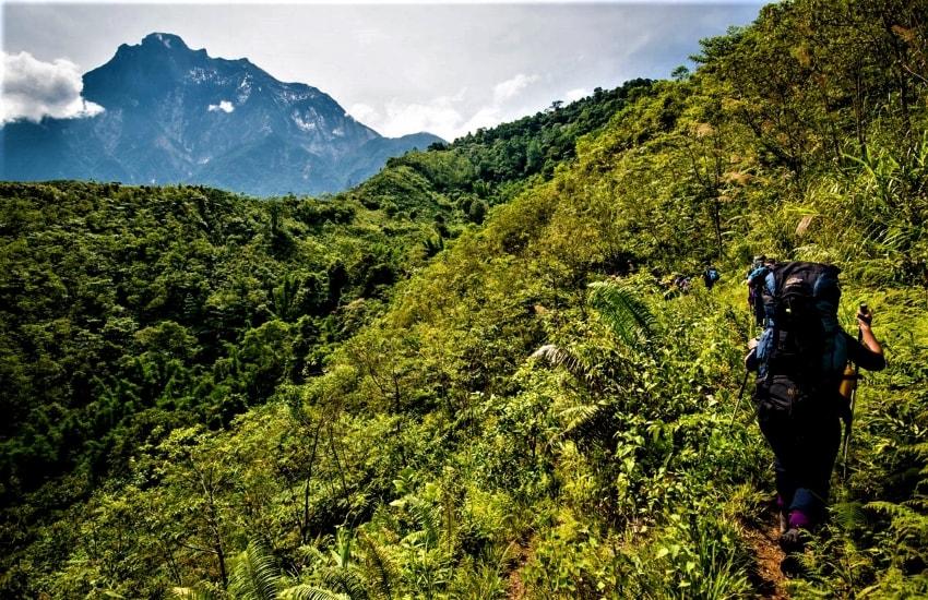 Voyage à pied : Trek et rencontres à Bornéo