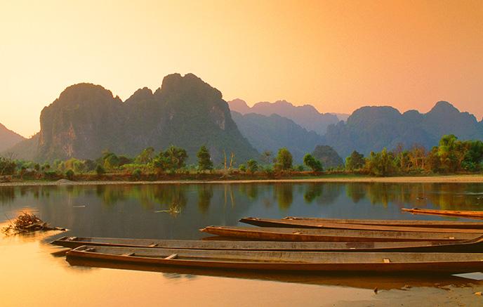 Ban Hatkhay - Vientiane via balade dans le parc de Phou Khao Kwai