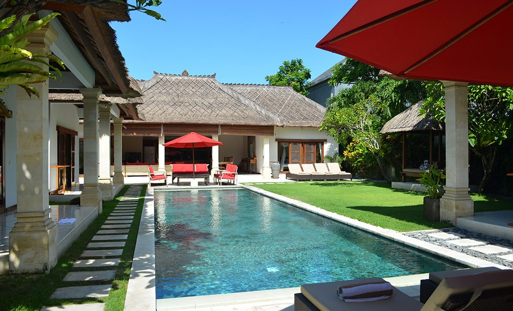 location maison bali seminyak ventana blog. Black Bedroom Furniture Sets. Home Design Ideas