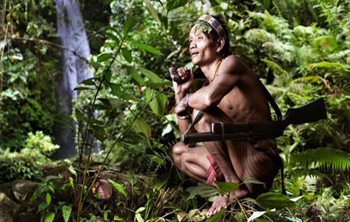 Image Mentawaï & ses hommes-fleurs